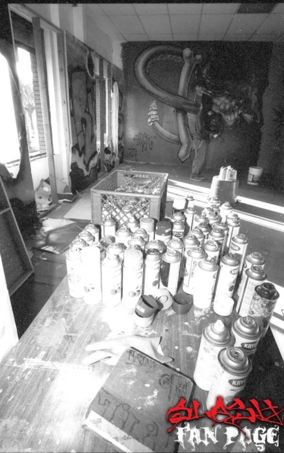 """El grafitti que Ash pinto para la portada de """"IFOCS"""""""