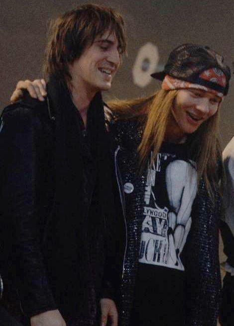 Axl & Izzy