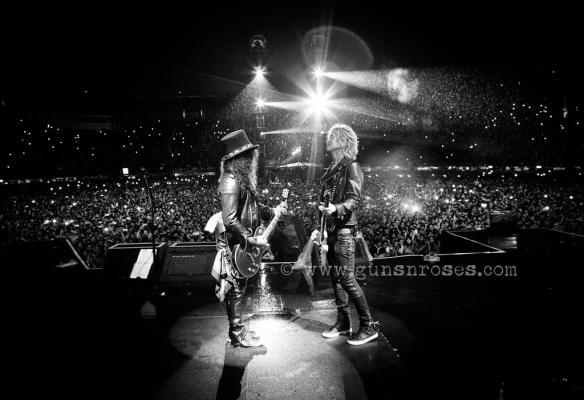 Slash y Duff en el Foro Sol